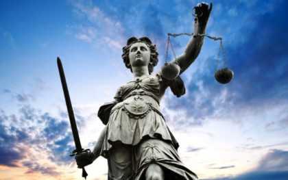 5 сентября, в Украине начинает работу Высший антикоррупционный суд (ВАКС),  уголовные производства по топ-коррупционерам по ходатайству Национального антикоррупционного бюро