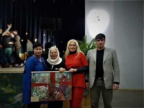 Подарунок художниці Лесі Тищенко до потрійного свята захисників України
