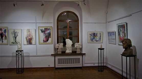 Роботи художника Миколи Гроха на колективній виставці у галереї «Хлібня»