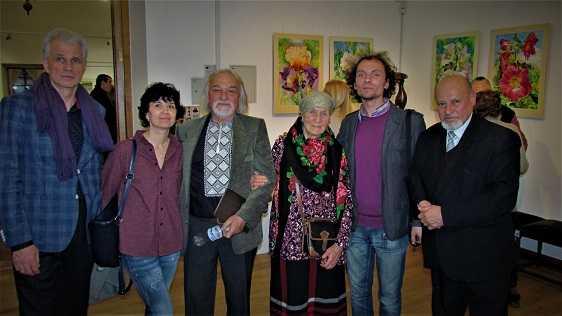 Роботи скульптора Михайла Дмитріва на колективній виставці у галереї «Хлібня»