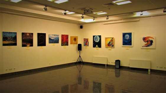 Виставку Ольги Кізуб  «Дива трапляються» офіційно відкрито