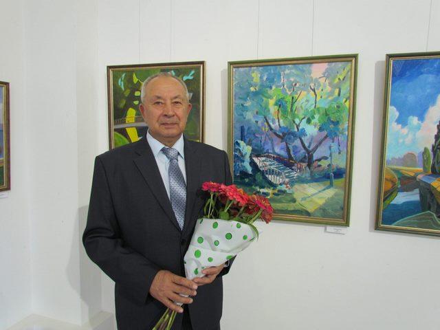 Вернісаж українського художника Павла Шарка «Між минулим та сучасним»